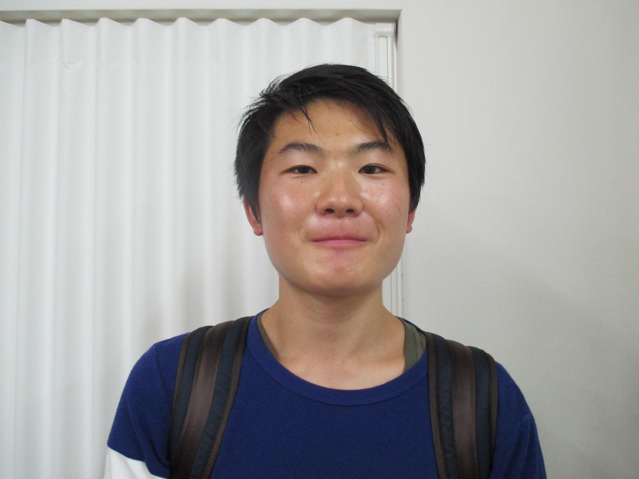 小島 智弘